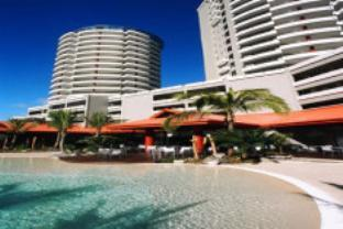 Ramada Plaza Hotel in Waterfront/beach