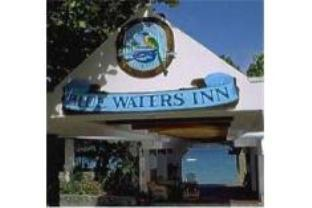 ブルー ウォーター イン ホテルの外観