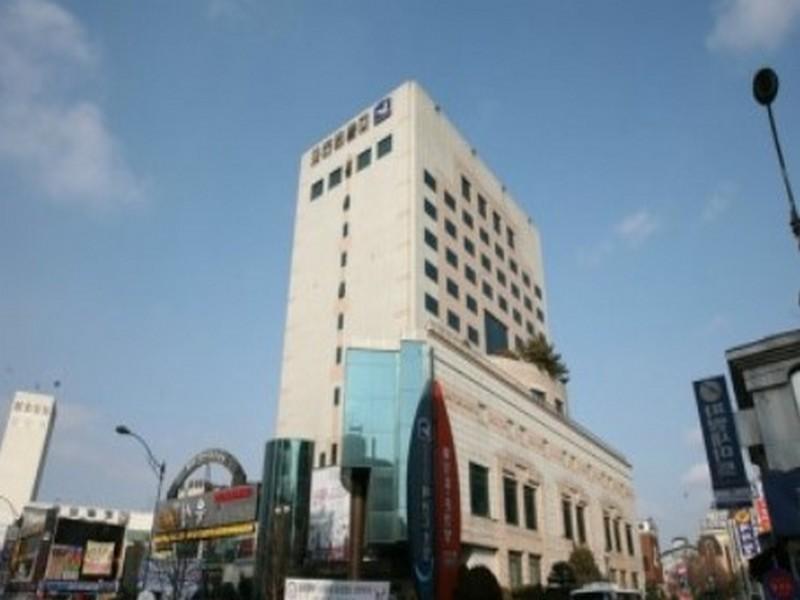 โรงแรม เลเจนด์  (Legend Hotel)