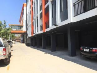 the rich hotel ubonratchathanee