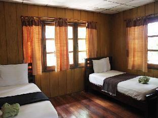 Jungle Bay Resort guestroom junior suite