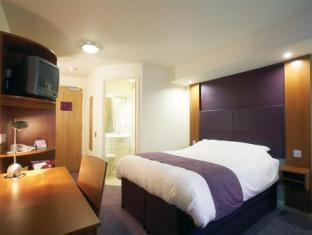 Premier Travel Inn Heathrow M4/J4 Hotel - hotel Londres