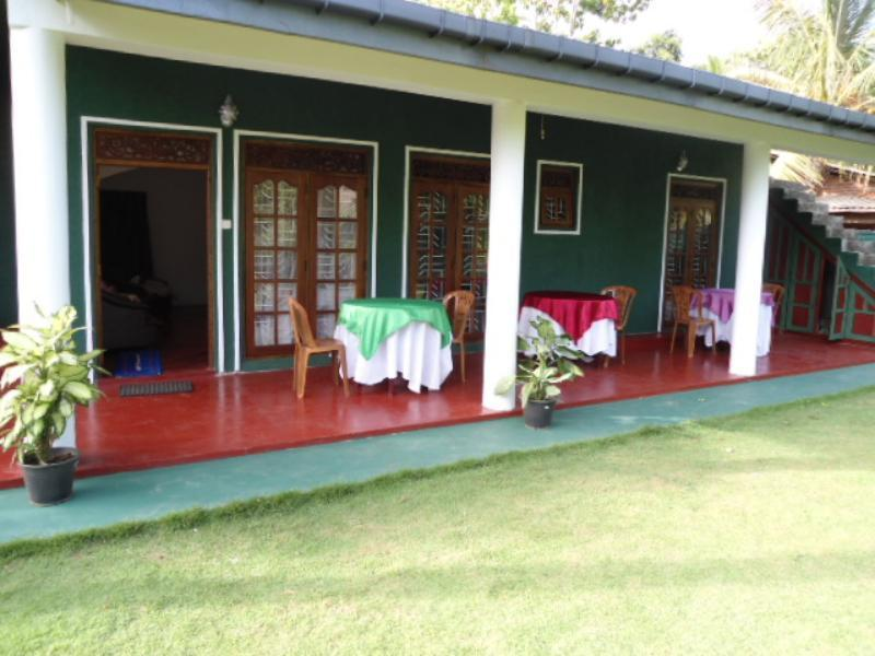 Dignity Villa - Hotels and Accommodation in Sri Lanka, Asia