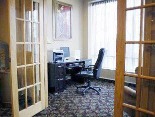Quality Hotel And Suites Toronto Airport East Toronto (ON) - Business Center