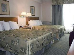 Quality Hotel And Suites Toronto Airport East Toronto (ON) - Guest Room