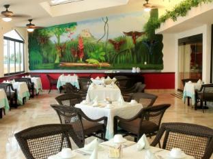 Golden Parnassus Resort & Spa - All Inclusive Cancun - Buffet