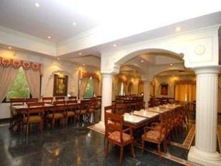 Heritage Resort Bikaner - Food, drink and entertainment