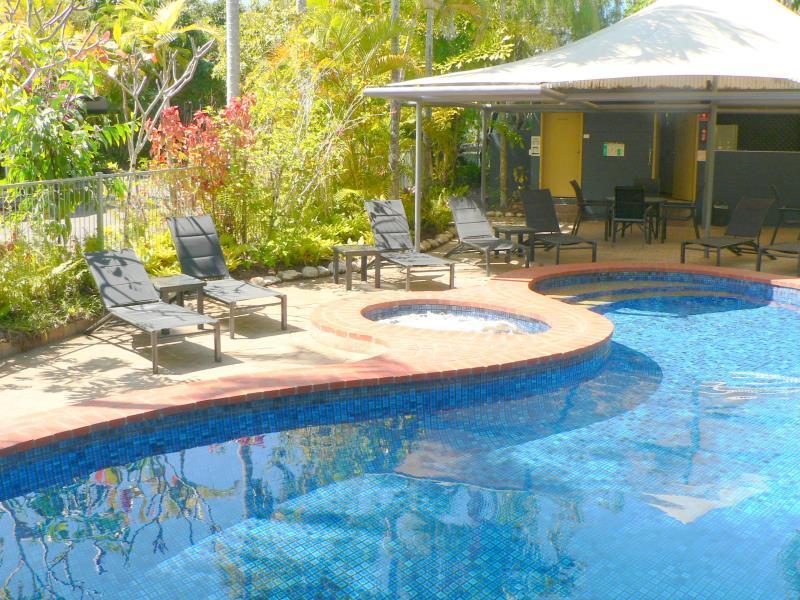 At the Mango Tree Apartments - Hotell och Boende i Australien , Port Douglas