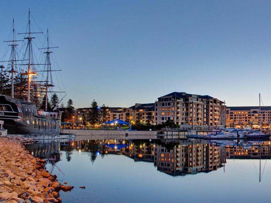 Comfort Inn Haven Marina Hotel - Hotell och Boende i Australien , Adelaide