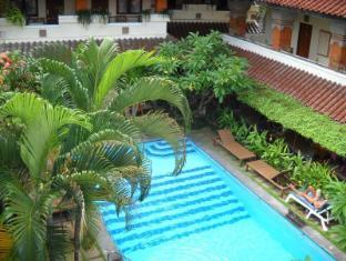 Bali Sorgawi Hotel بالي - حمام السباحة