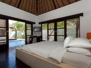 Bvilla Spa Hotel Bali - Bedroom Pool Villa