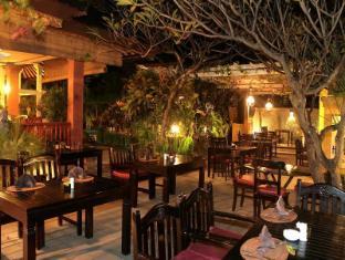 Diwangkara Holiday Villa Beach Resort & Spa Bali - Restaurant