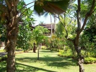 Rambutan Lovina Hotel Bali - Garten