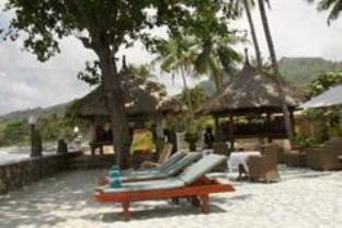 Pacific Beach Cottages Hotel - Hotels and Accommodation in Indonesia, Asia