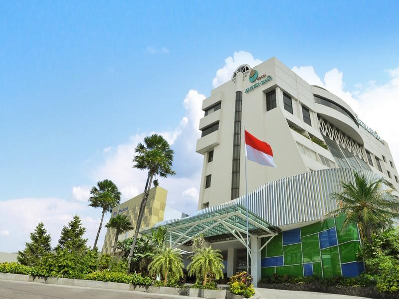 Hotel Kartika Graha - Hotels and Accommodation in Indonesia, Asia