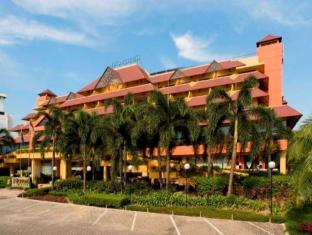 Novotel Batam Hotel 诺富特巴淡岛酒店