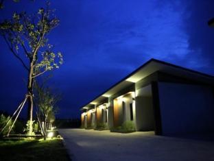 hinson hillside hotel