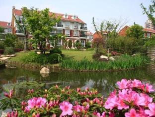 New Phoenix Town Hotel Shanghai - Surroundings
