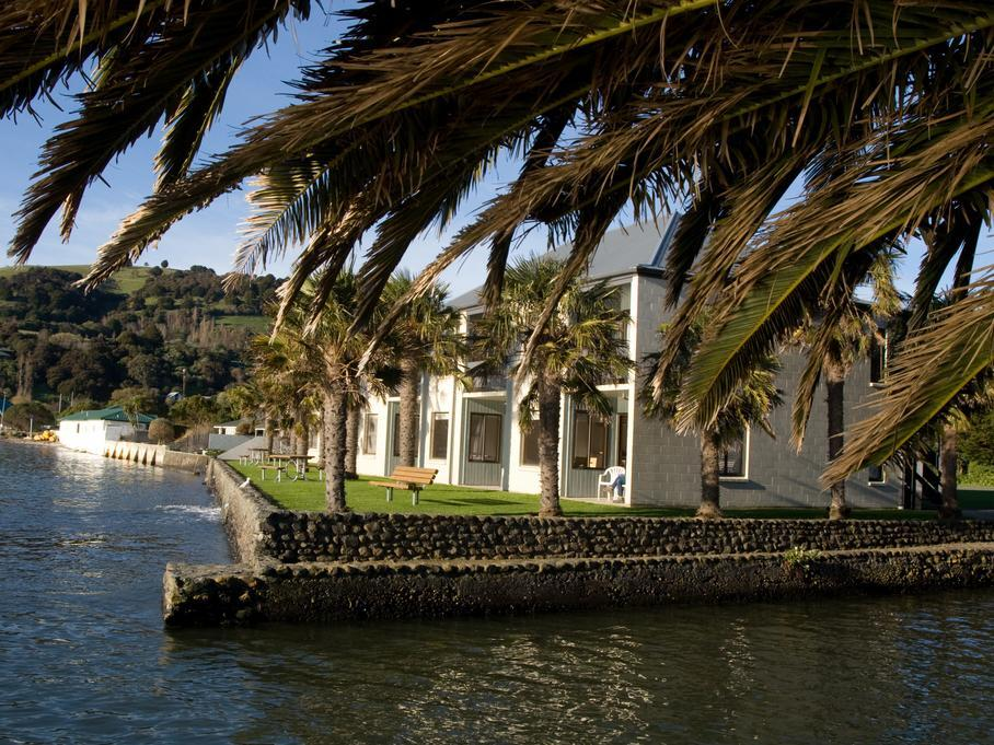 Akaroa Waterfront Motel - Hotels and Accommodation in New Zealand, Pacific Ocean And Australia