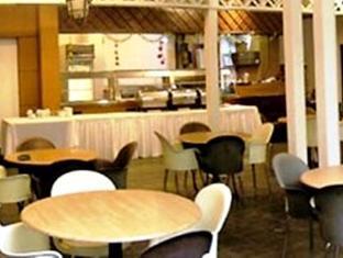 Duta Vista Executive Suite Hotel - More photos