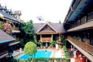โรงแรมรีสอร์ทเขตเมืองเก่า