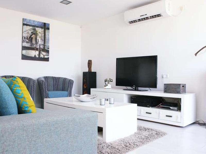 Casa De Colores Apartments - Shimon Hatarsi 20 - Hotels and Accommodation in Israel, Middle East