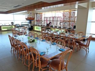 Crown Regency Hotel & Towers Cebu City - Restoran