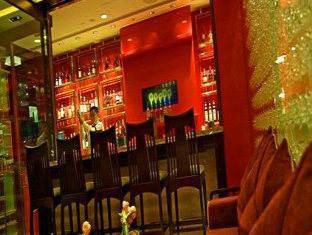 Hong Kong Disneyland Resort Hong Kong - Bar