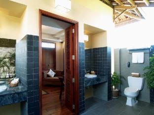 Romana Resort & Spa Phan Thiet - 3 Bedroom Villa Bathroom