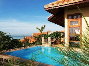 Romana Resort & Spa Phan Thiet - Beach Front Villa with Private Pool