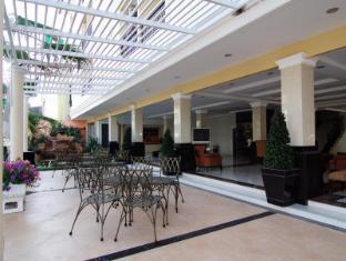 Mantra Pura Resort Pattaya - Restaurant at Mantra Plus Building