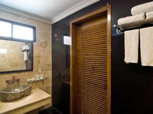 Mantra Pura Resort Pattaya - Deluxe Triple Bathroom