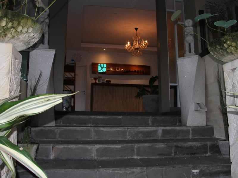 Duo Legian Hotel