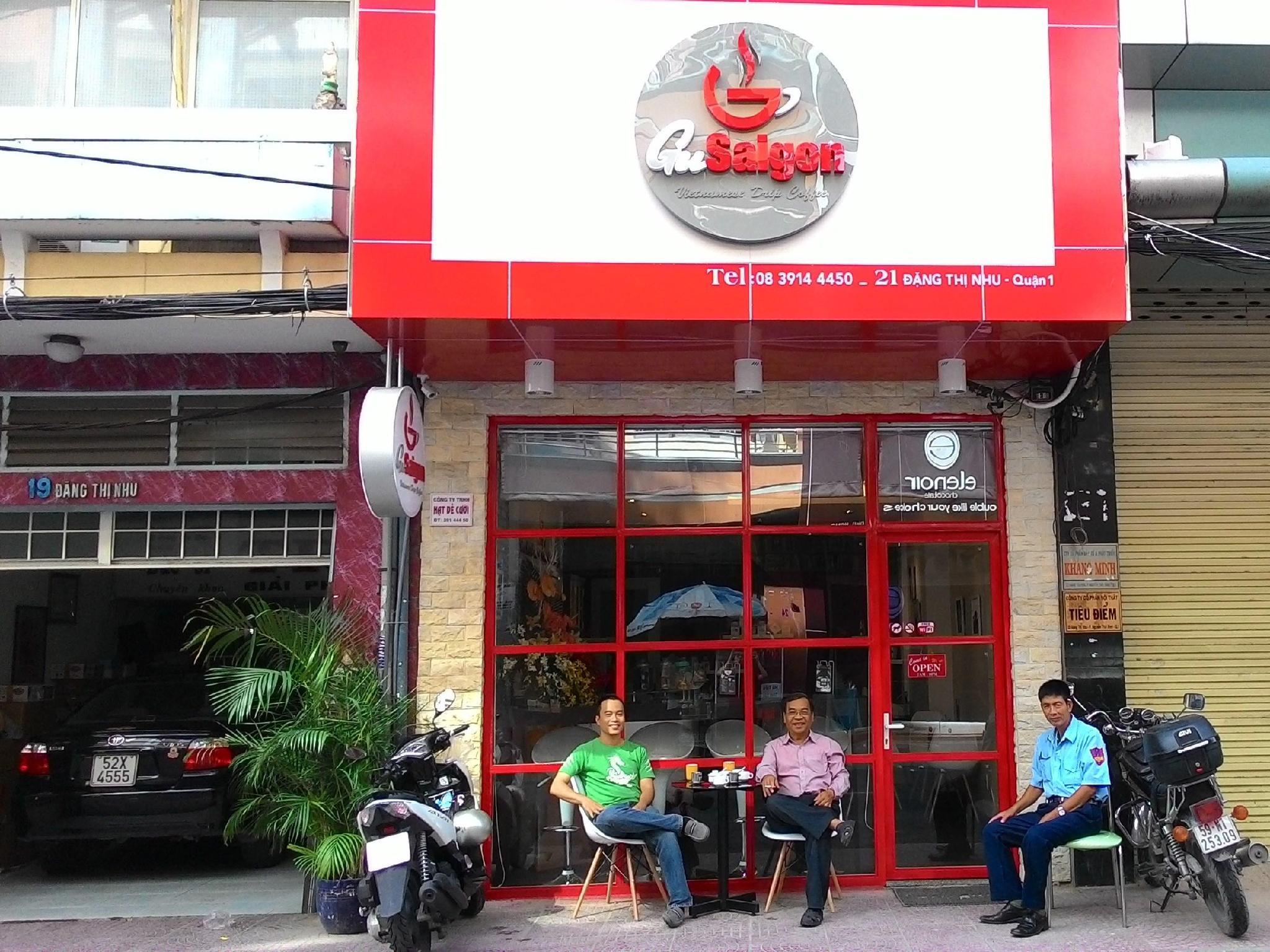 Gu Saigon Coffee Shop Homestay