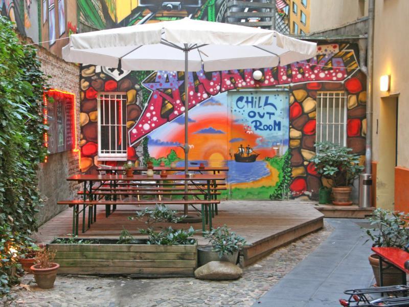 Alcatraz Backpacker Hostel - Hotell och Boende i Tyskland i Europa