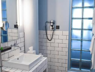 โรงแรมคุดัมม์ 101 เบอร์ลิน - ห้องน้ำ