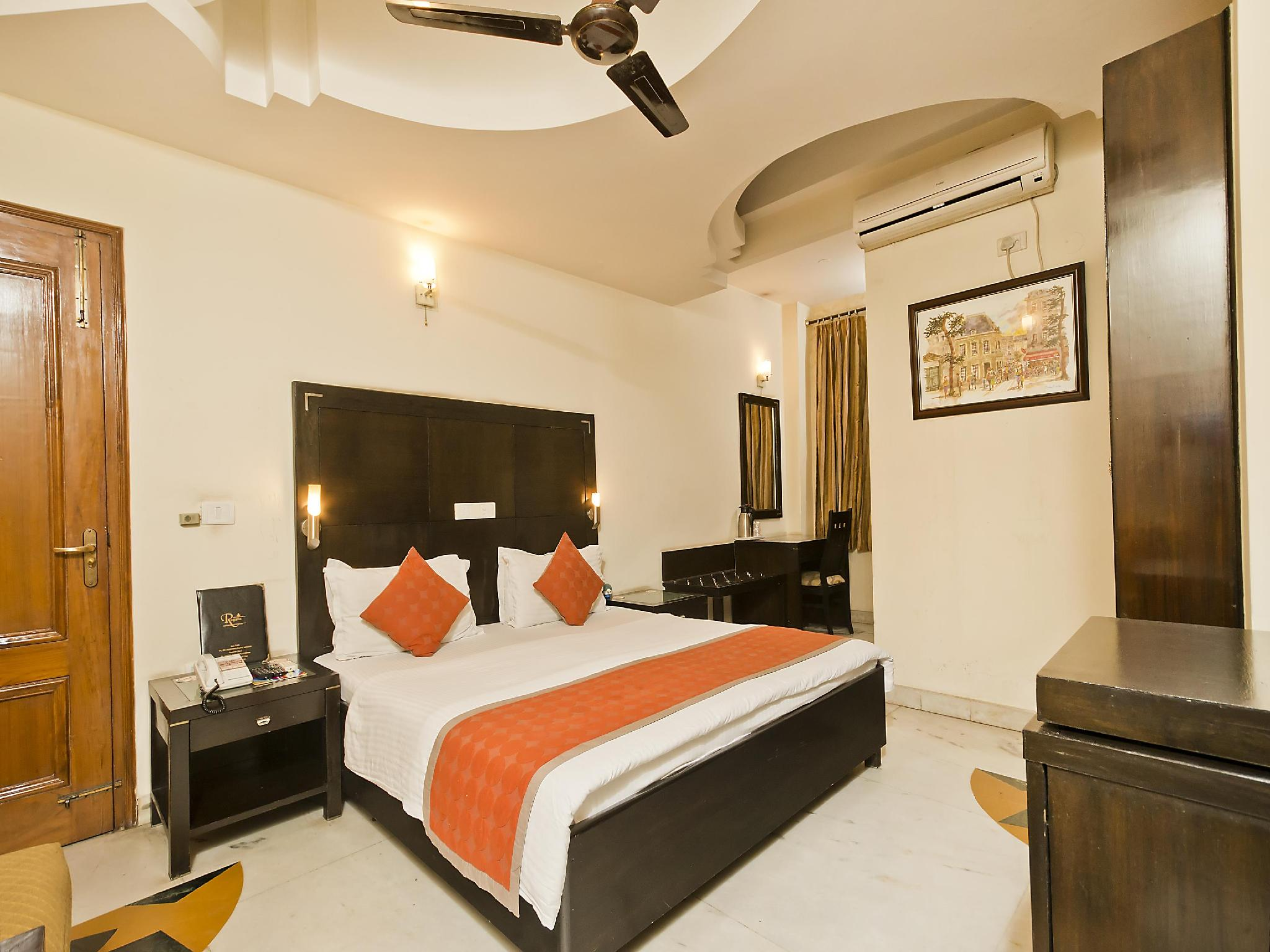 OYO Rooms-Greater Kailash 1 Hotel