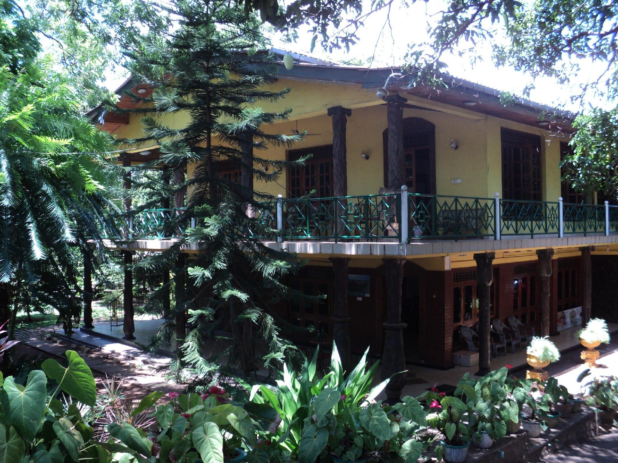 Hotel Oshin - Hotels and Accommodation in Sri Lanka, Asia