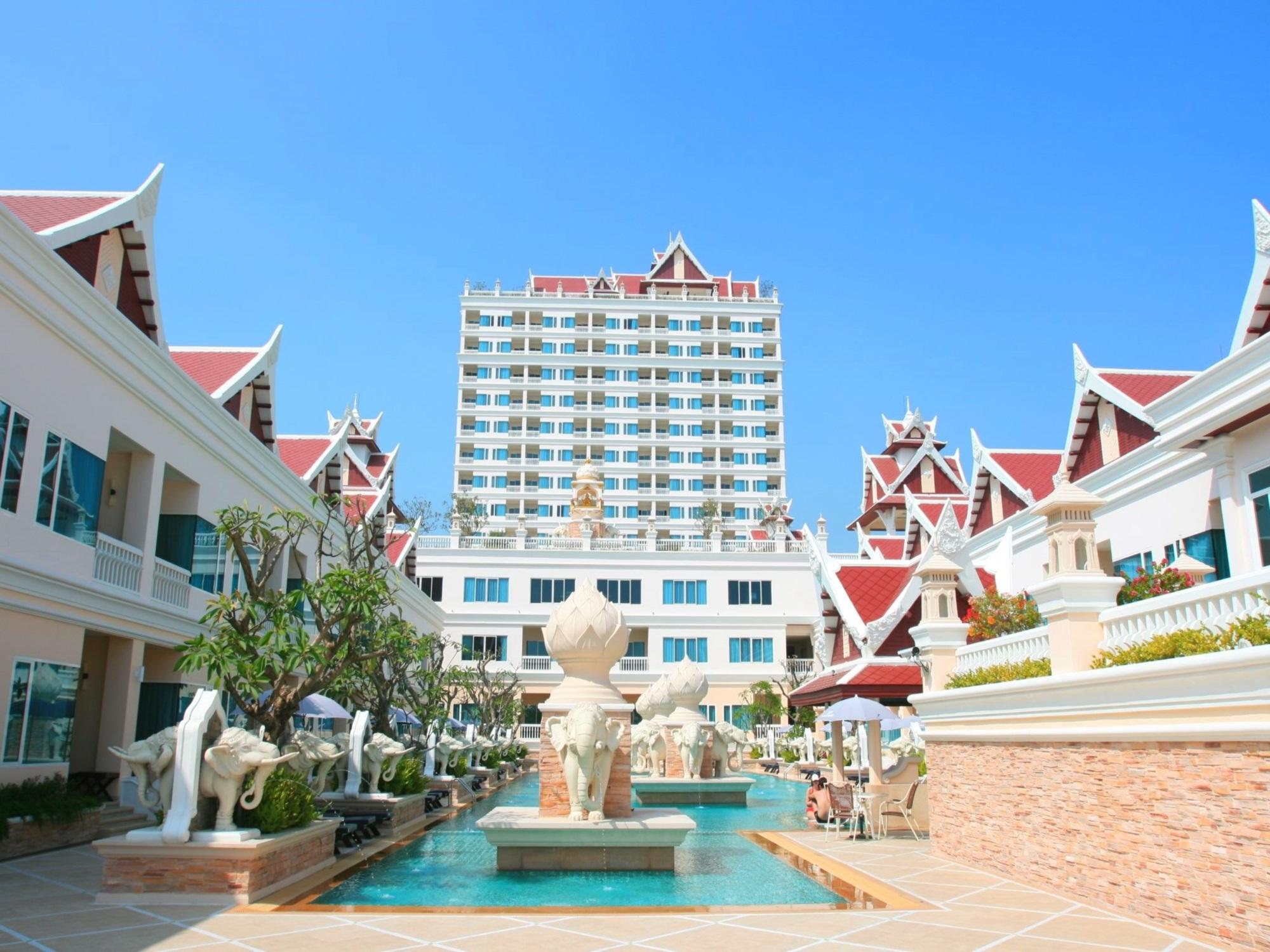 Grand Pacific Sovereign Resort & Spa Hua Hin / Cha-am - Hotel Exterior