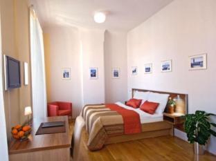 Hotel Monastery Prague - Guest Room