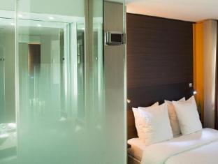 Oceania Hotel Paris - Guest Room