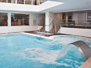 Oceania Hotel Paris - Swimming Pool