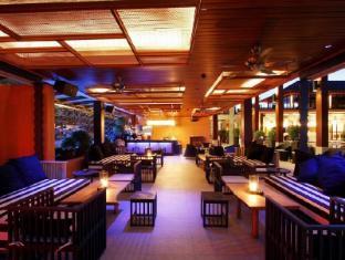 Sri Panwa Phuket Villas Phuket - Bar Area at Baba Pool Club