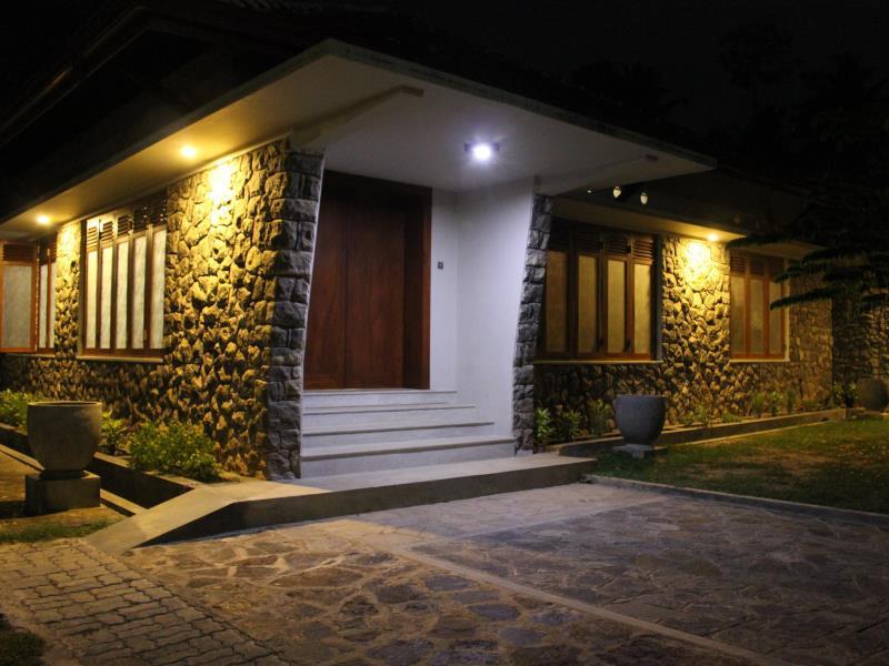 Richmond Hill Villa - Hotels and Accommodation in Sri Lanka, Asia