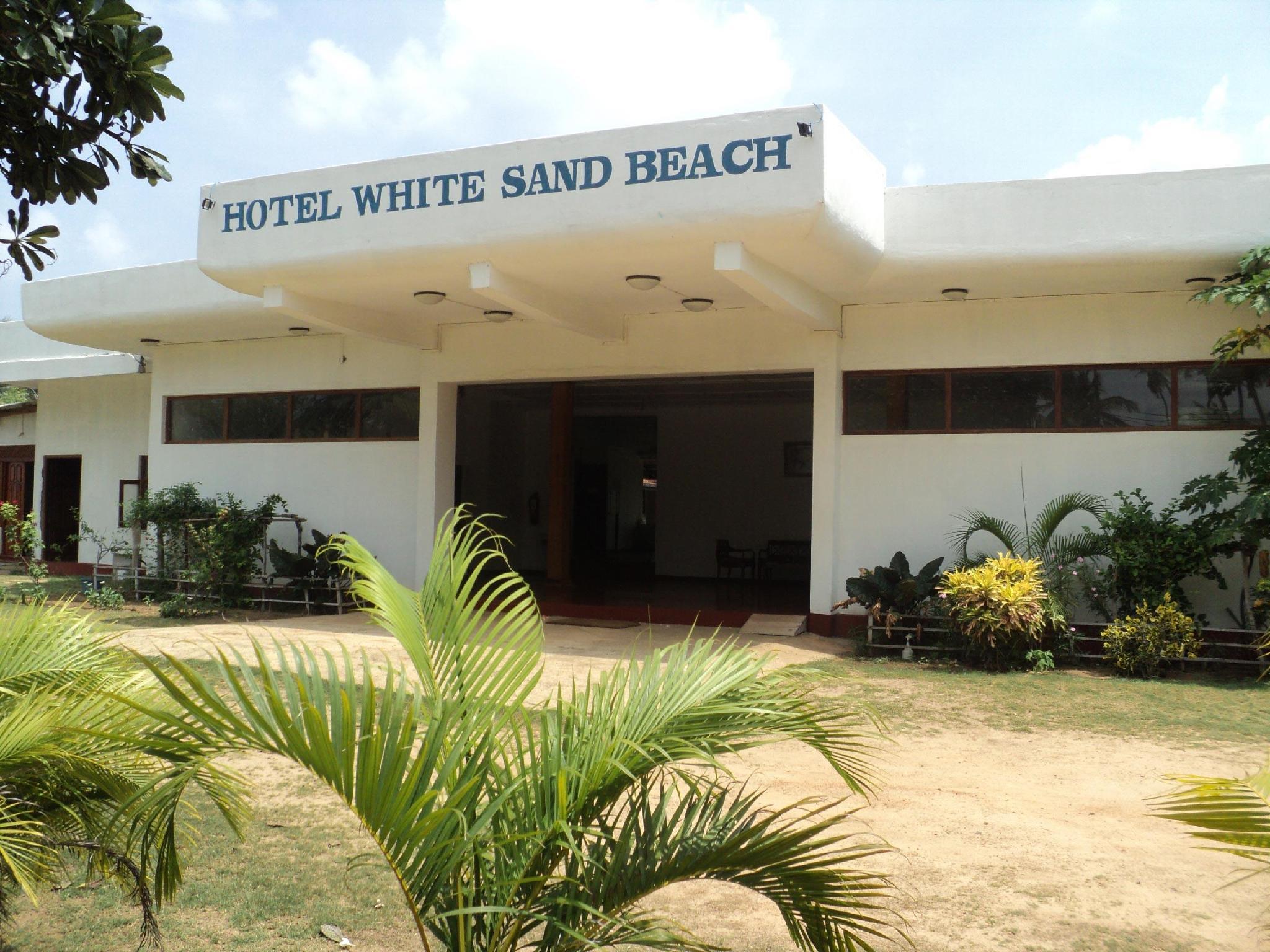 White Sand Beach Inn - Hotels and Accommodation in Sri Lanka, Asia