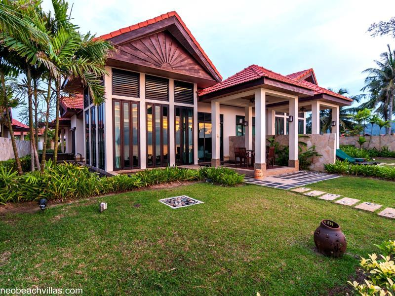 Borneo Beach Villas3