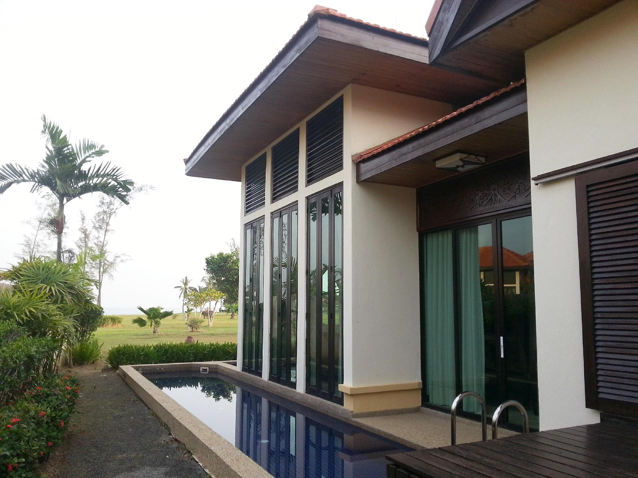 Borneo Beach Villas8