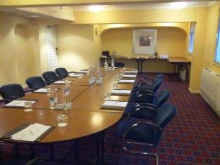 Best Western Barons Court Hotel Walsall - Meeting room