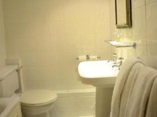 Best Western Barons Court Hotel Walsall - Bathroom