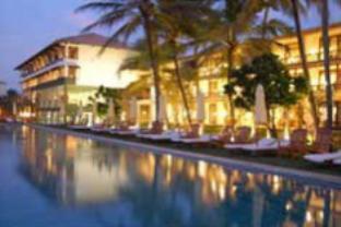 ザ ビーチ ホテルの外観